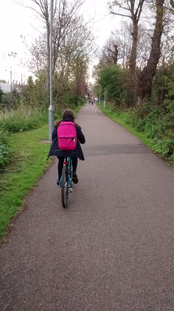CyclingToSchool2016_IMG_154424411